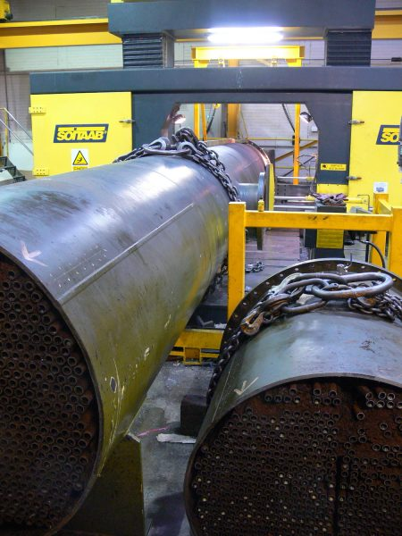 Heat exchanger end plate removal