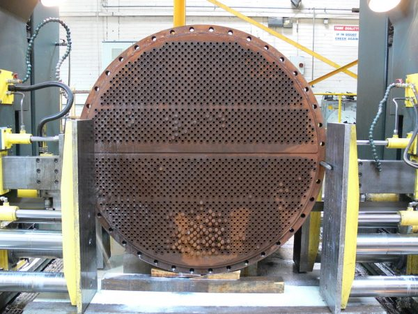 Heat exchanger end plate recovery