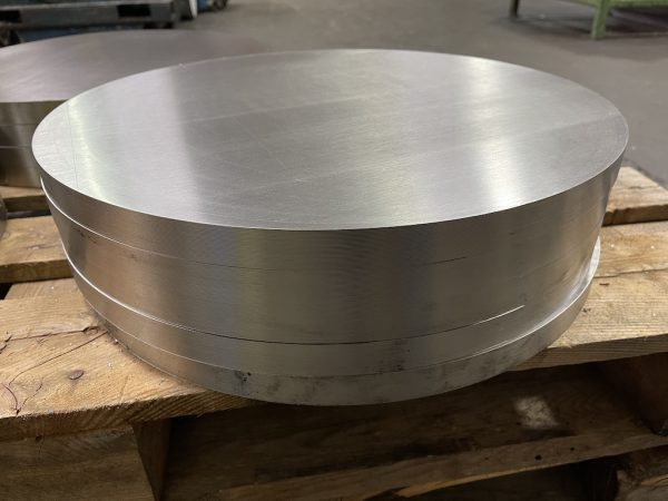 Accurate Cutting sawn stainless steel pieces